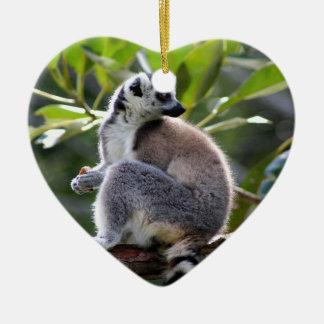 Ring-angebundener Lemur Keramik Ornament