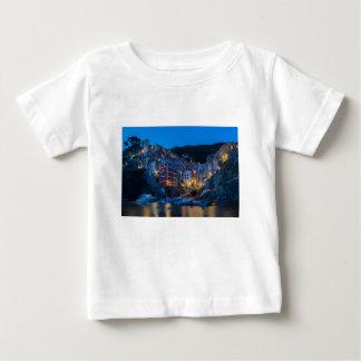 Riomaggiore nachts Cinque Terre Ligurien Italien Baby T-shirt