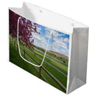 Rivercut im Frühjahr Große Geschenktüte