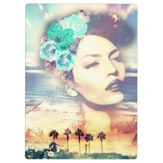 Rockabilly Kalifornien-Palmen-Küstensommer-Frau Klemmbrett