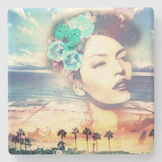 Rockabilly Kalifornien-Palmen-Küstensommer-Frau Steinuntersetzer
