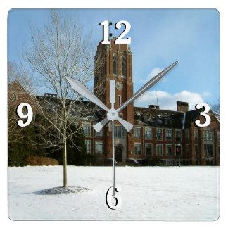 Rockwell im Winter an der Waldungs-Stadt-Uni Quadratische Wanduhr