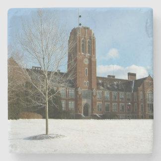 Rockwell im Winter an der Waldungs-Stadt-Uni Steinuntersetzer
