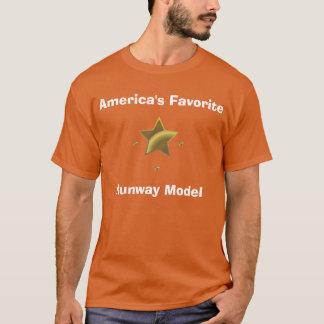 Rollbahn-Modell: Amerikas Liebling T-Shirt