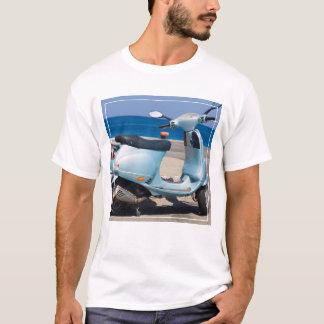 Roller auf dem Strand | Ephesus, die Türkei T-Shirt
