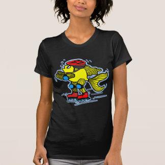 Rollerblade-Fisch-lustiger Skaten-Cartoon T-Shirt