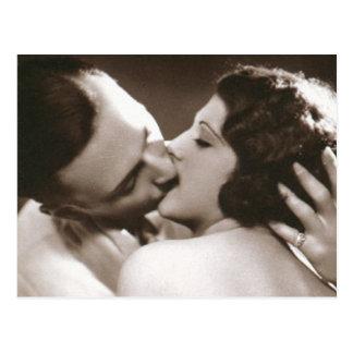 Romantische küssende Paar-Postkarte Postkarte