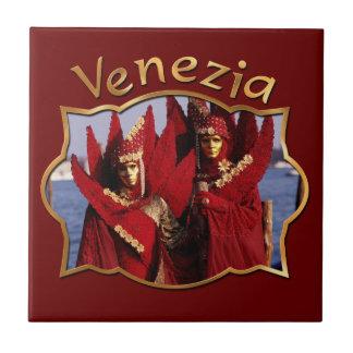 Romantische Paare am Karneval von Venedig Fliese