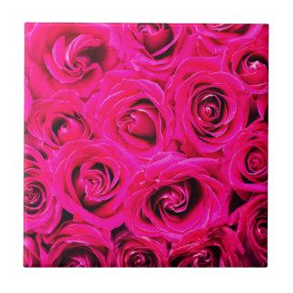 Romantische rosa lila Rosen Keramikfliese