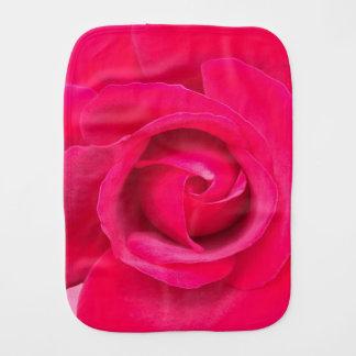Romantische rote rosa Rose Baby Spucktuch