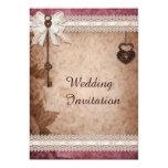 Romantische Vintage Wedding Herz-Verschlüsse und Individuelle Einladungen