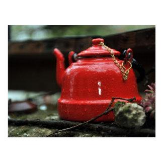 Romantischer roter Tee-Kessel Postkarte