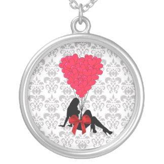 Romantischer Valentinsgrußentwurf Versilberte Kette