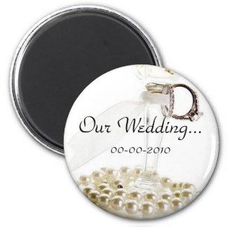 Romantischer weißer Hochzeits-Perlen-Entwurf Runder Magnet 5,1 Cm