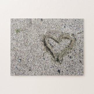 Romantisches Herz in der Sand-Foto-Herausforderung Puzzle