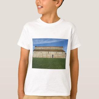 Römisch-katholische Basilikakirche von San Pietro T-Shirt