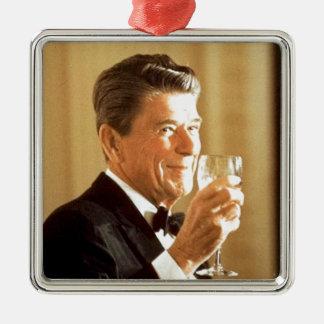 Ronald Reagan-Toast Quadratisches Silberfarbenes Ornament