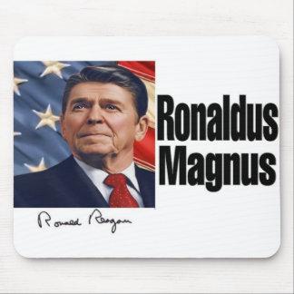 Ronaldus Magnus Mousepad