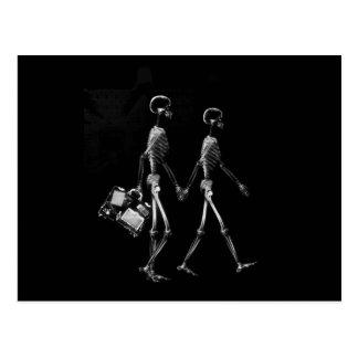 Röntgenstrahl-Skeleton Paar-Reisen Schwarz-weiß Postkarten