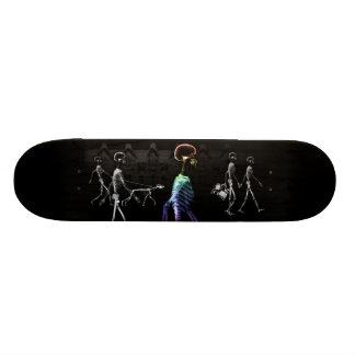 Röntgenstrahl-SkelettemitternachtsStroll - B&W u.  Individuelle Skateboards
