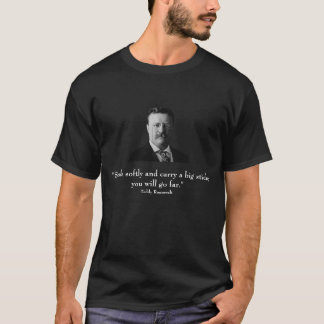 Roosevelt und Zitat - auf Front - Schwarzes T-Shirt