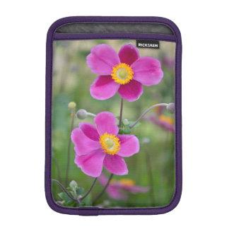 Rosa Anemonen-Blumen-Rickshaw ipad Hülse Sleeve Für iPad Mini