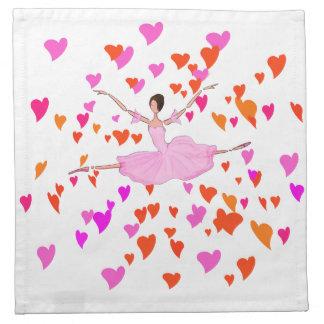 Rosa Ballerina-Ballettröckchen und frohe bunte Stoffserviette