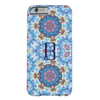 ROSA BLAUES FRAKTAL KREIST MONOGRAMM EIN BARELY THERE iPhone 6 HÜLLE