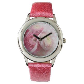 rosa Blumen auf Polkapunkt-Glitteruhr Uhr