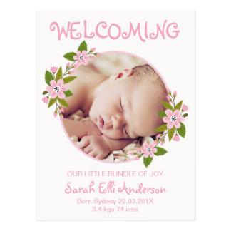 Rosa Blumengeburts-Mitteilungs-Postkarte Postkarte
