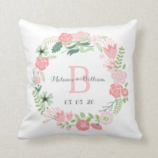 Rosa Blumenwreath-personalisiertes Kissen