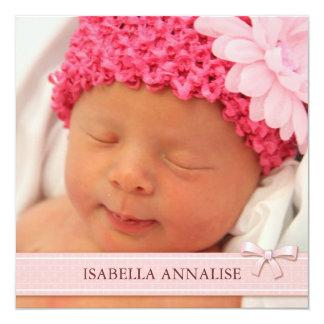 Rosa Bogen-Mädchen-Baby-Foto-Geburts-Mitteilung Quadratische 13,3 Cm Einladungskarte