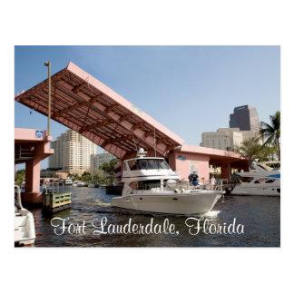 Rosa Brücke in der Fort Lauderdale-Bucht, Florida Postkarte