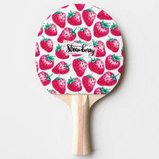 Rosa Erdbeere auf weißem Hintergrund Tischtennis Schläger