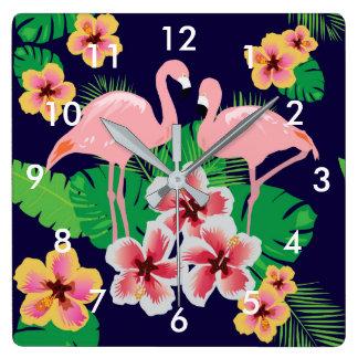 Rosa Flamingos und tropische Blumen-Wand-Uhr Quadratische Wanduhr