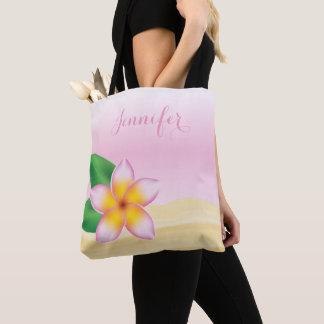 Rosa Frangipani-Blume mit personalisiertem Namen Tasche