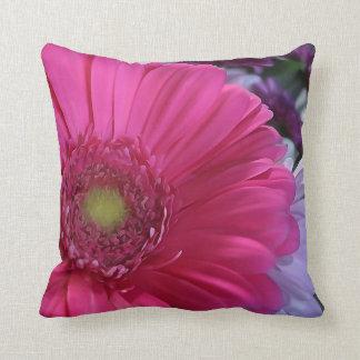 Rosa Gänseblümchen-Blumethrow-Kissen Kissen