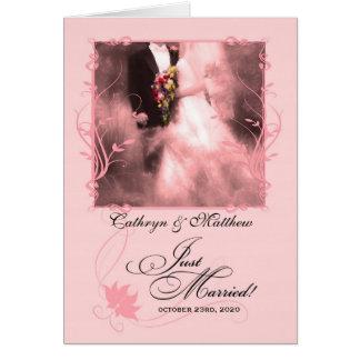 Rosa-gerade verheiratete personalisierte karte