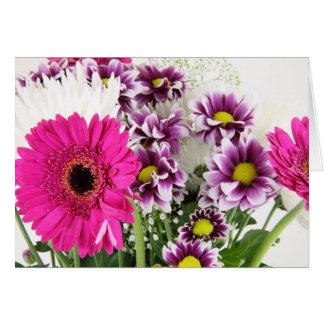 Rosa Gerbera-mit Blumengänseblümchen-lila Karte
