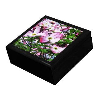 Rosa Hartriegel-Blüten Schmuckschachtel