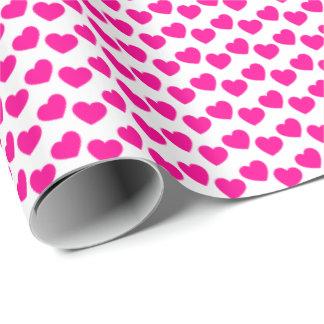 Rosa Herz-Muster auf weißem Packpapier