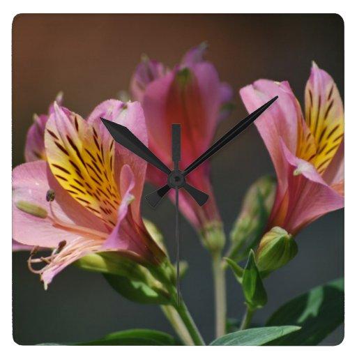 rosa inka lilien blumen und bedeutung uhr zazzle. Black Bedroom Furniture Sets. Home Design Ideas