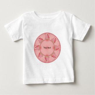 Rosa kleiner Kuchen Baby T-shirt