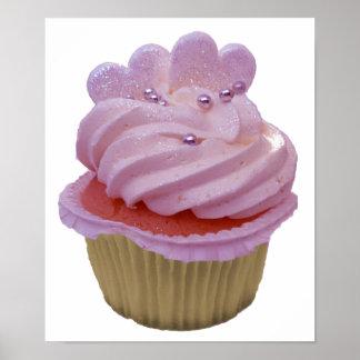 Rosa kleiner Kuchen und Herz-Plakat