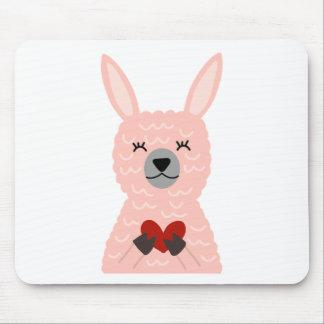 Rosa Lama, das ein Herz hält Mousepad