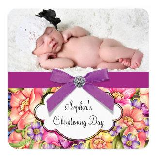 Rosa lila Blumenbaby-Mädchen-Foto-Taufe Quadratische 13,3 Cm Einladungskarte