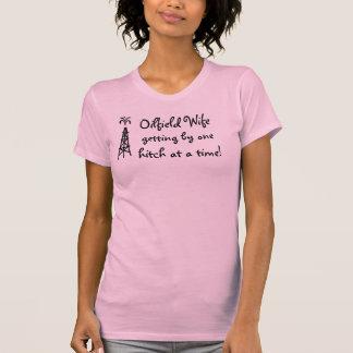 Rosa Ölfeld-Ehefrau Razorback-Behälterspitze T-Shirt