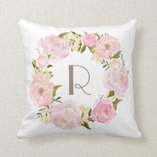Rosa Pfingstrosen-BlumenKranz-Monogramm-Kissen Zierkissen