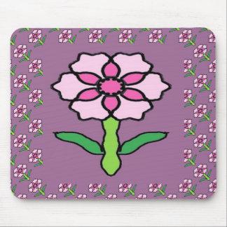 Rosa Posey auf Lila Mousepad