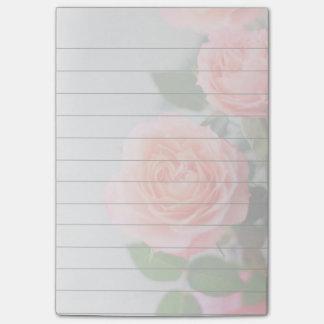 Rosa Post-Itanmerkungsauflage der Rosen 4x6 Post-it Klebezettel